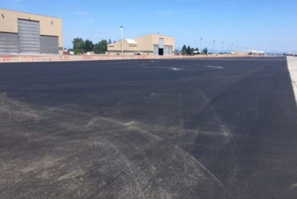 runway paving and sealing, poe asphalt